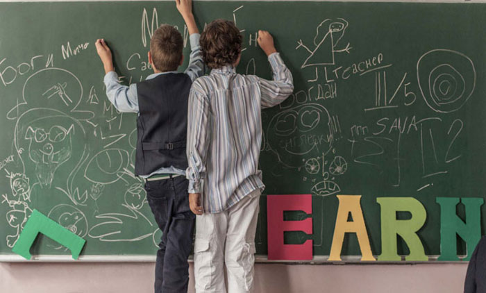 تفاوت اوتیسم و ADHD