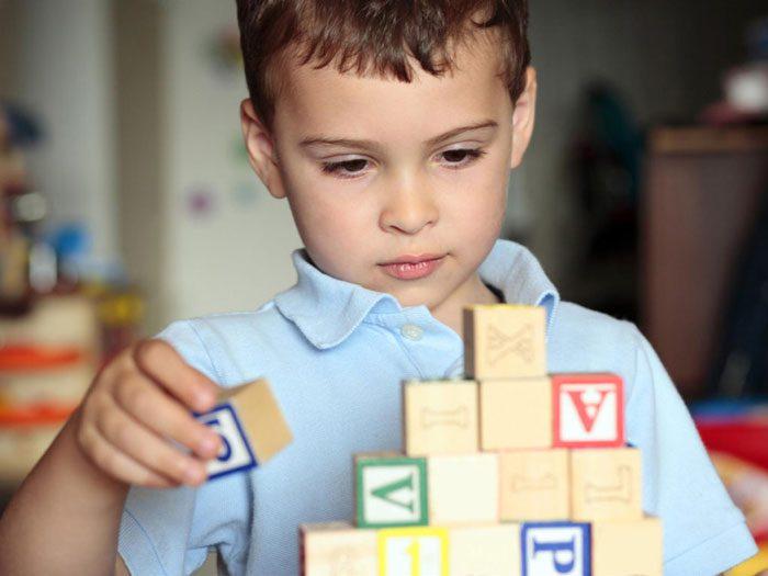 ابتلا به اوتیسم - رشد