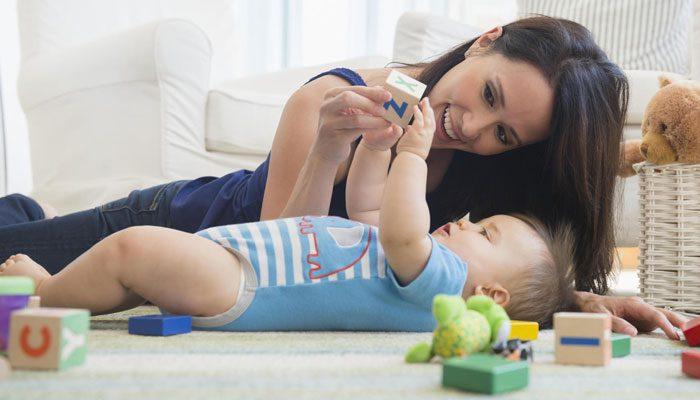 علائم اولیه اوتیسم در نوزادان با سن کمتر از ۱۲ ماهه