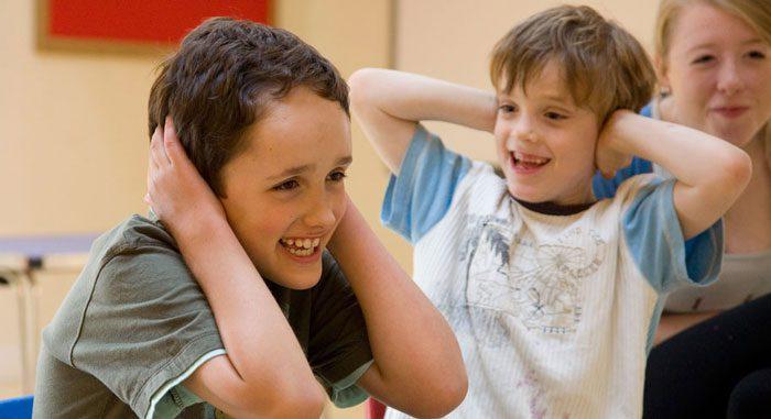 انگیزه های رفتاری کودکان اوتیسم