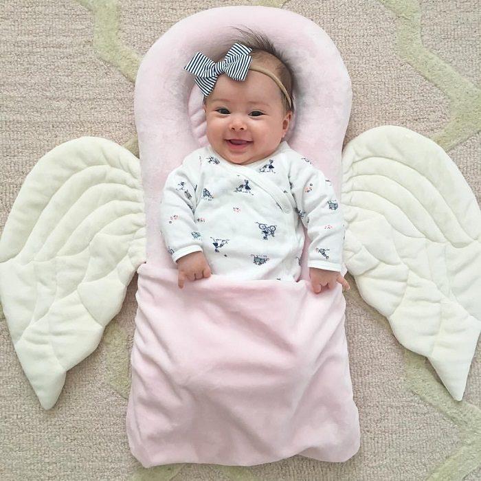 استفاده از بالش برای نوزاد