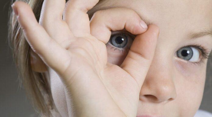 ارتباط چشمی با کودکان مبتلا به اوتیسم