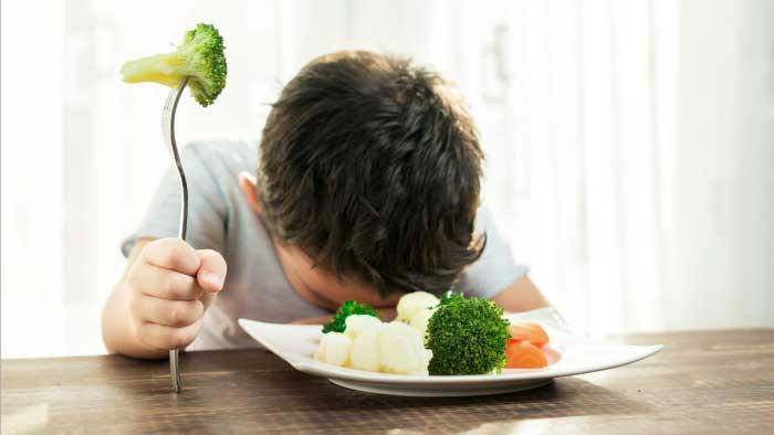 بدغذایی کودک - شیوه خوردن