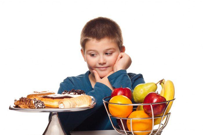 عادت غذایی کودک