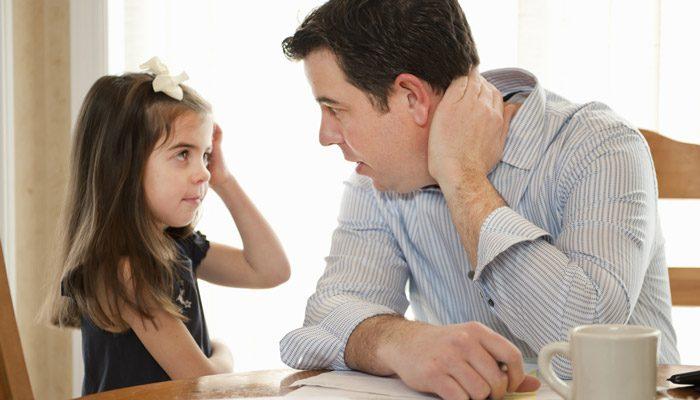 گوش دادن موثر و فعال به صحبتهای کودک