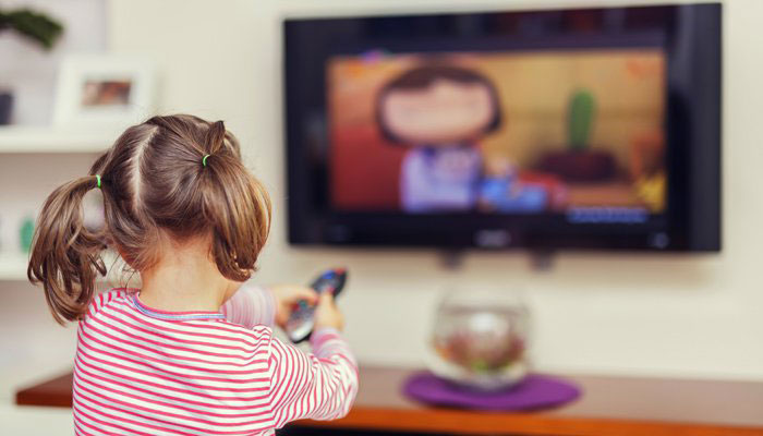 تماشا کردن تلویزیون برای کودکان