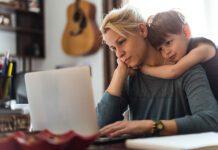 با ۱۰ تا از مزایا و معایب خانه دار بودن یک مادر آشنا شوید