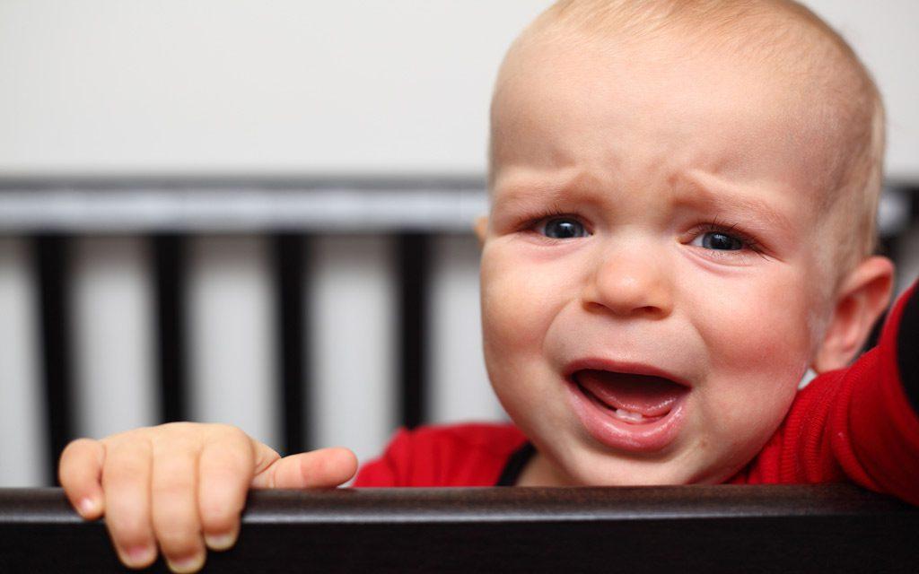 دلایل گریه کودکان