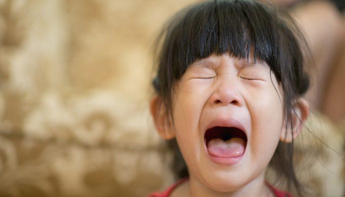 گریه کودکان و پیش دبستانی