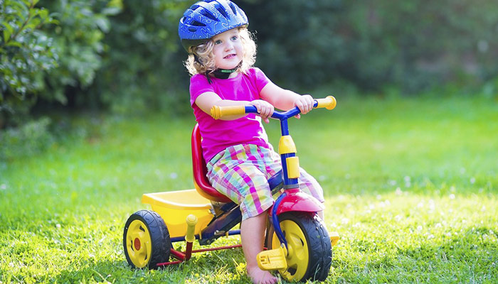 نقاط عطف رشد فیزیکی کودک
