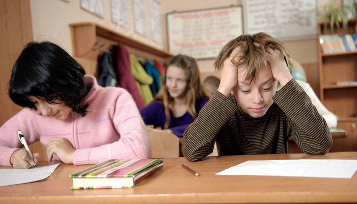 تکلیف مدرسه کودکان بیش فعال
