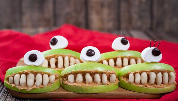 ۲. ساندویچ سیب دندان هیولا