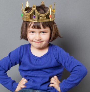آیا شما فرزند خود را لوس تربیت میکنید؟
