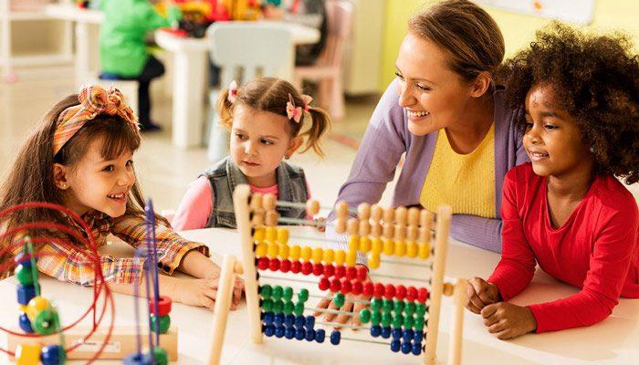 نقش معلم در رشد تحصیلی