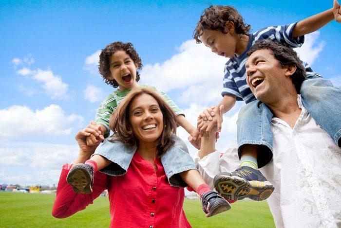 نکاتی برای تشویق ارتباط باز و صمیمانه در خانواده