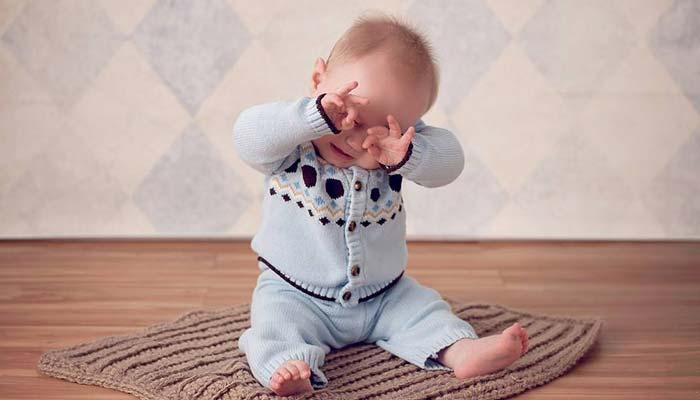 کمک به حرکات کششی کودک