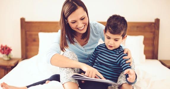 آموزش انگلیسی به کودکان با خواندن کتاب