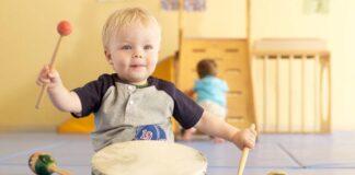 ۷ مزیت کلاس موسیقی برای کودک