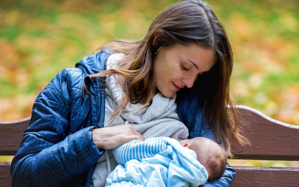راهنمای شیردهی : چگونه بفهمیم نوزاد به اندازه کافی شیر خورده است؟