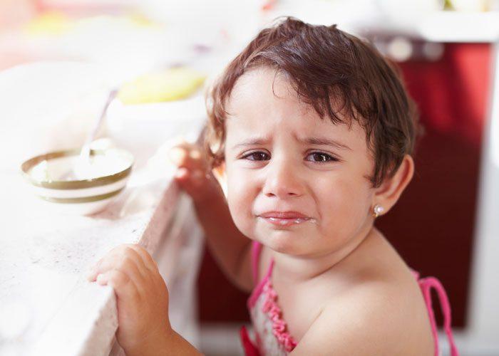 مراقبت از کودک بیمار و درمان او درخانه