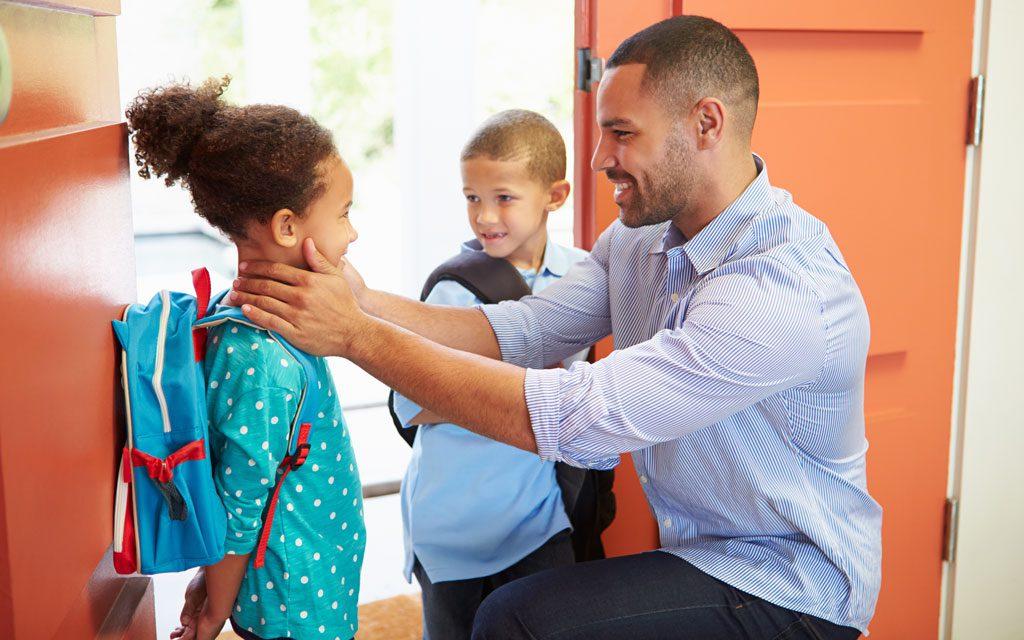 حمایت عاطفی والدین از فرزندان با شروع مدارس