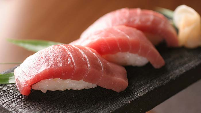 سوشی و ساشیمی