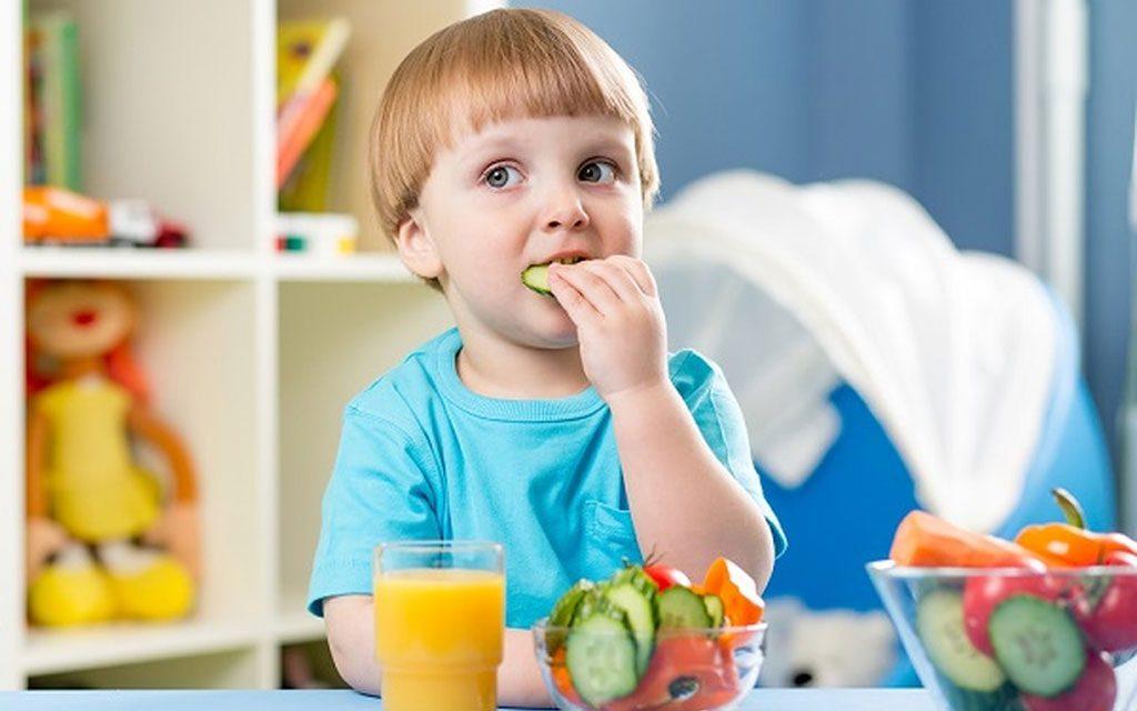 نیازهای غذایی کودک