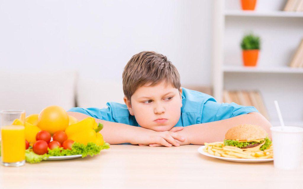 خطرات چاقی برای کودکان