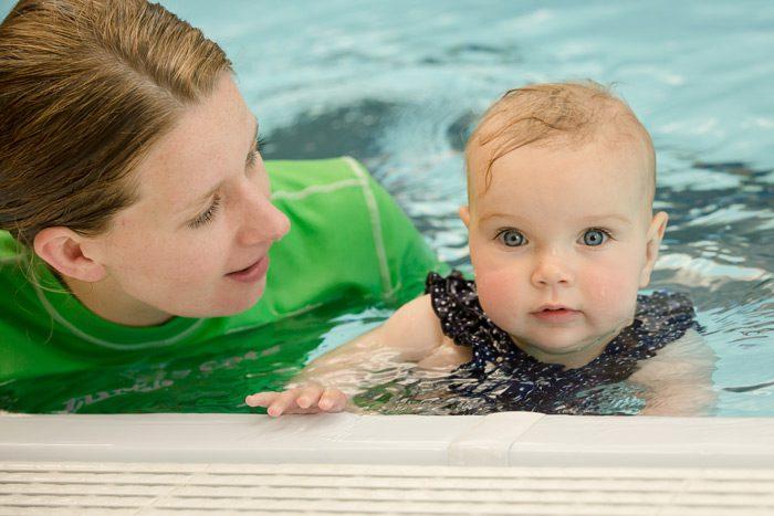 آموزش شنا به کودک و ترس کودک از آب