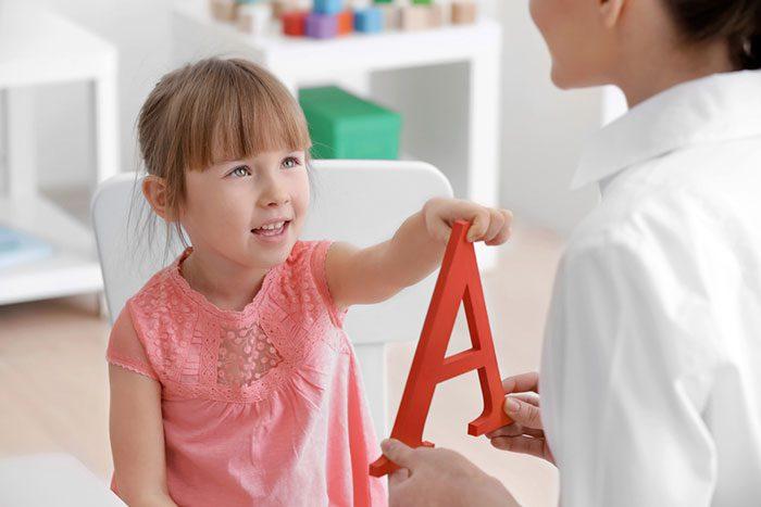 مشکلات تلفظی کودکان