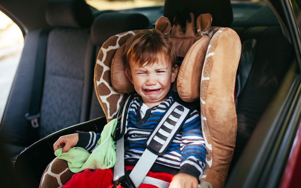 صندلی کودک در ماشین