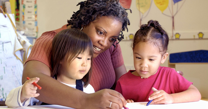 پرستار کودک در زمان تعطیلات