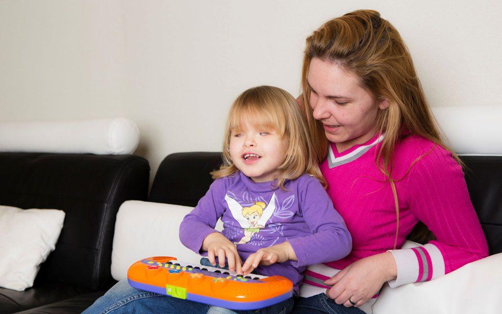 کودک نابینا و یادگیری رنگ