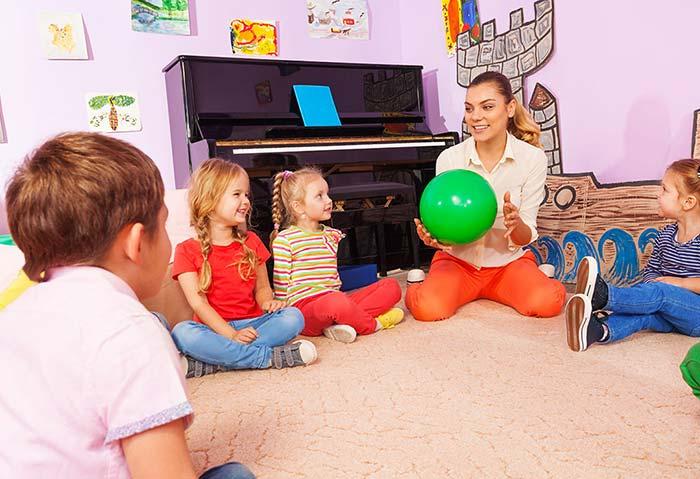 بازی آموزش زبان به کودکان بازی اسم بردن میوهها