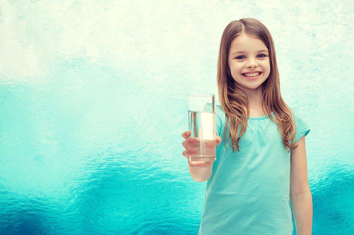 بدن کودکان چه مقدار آب نیاز دارد