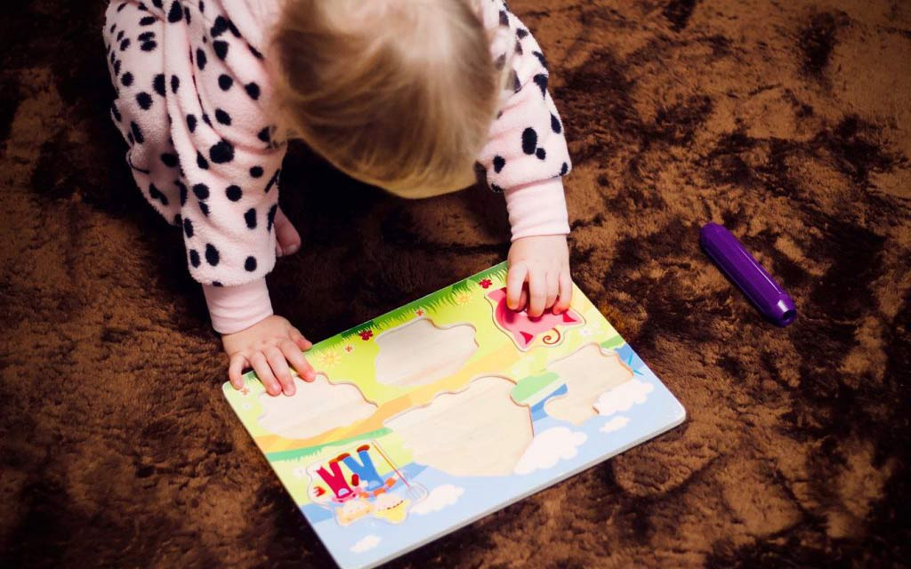 فواید بازی با پازل برای کودک