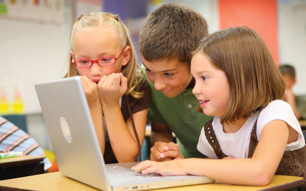 کودک و فضای مجازی