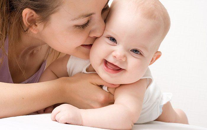 لبخند کودک