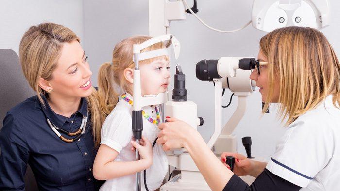 درمان مشکل بینایی کودک