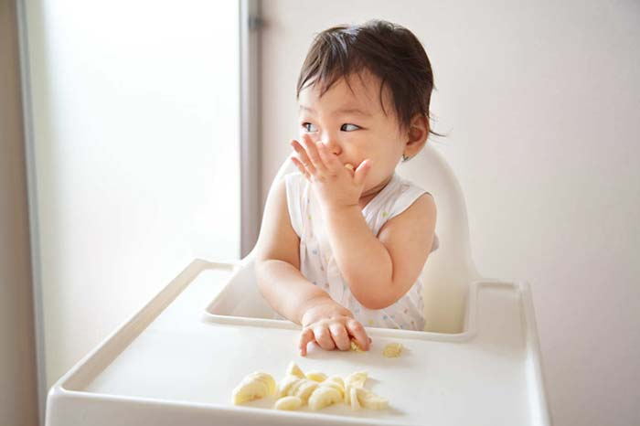 چگونگی مقابله با حساسیت به موز در کودک