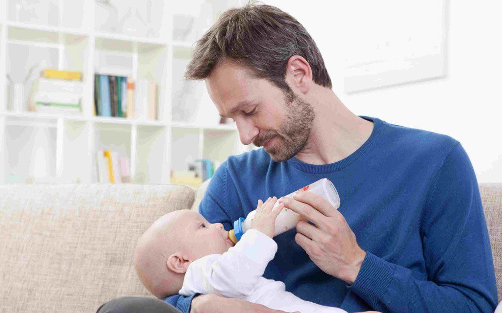 غذا دادن به نوزاد