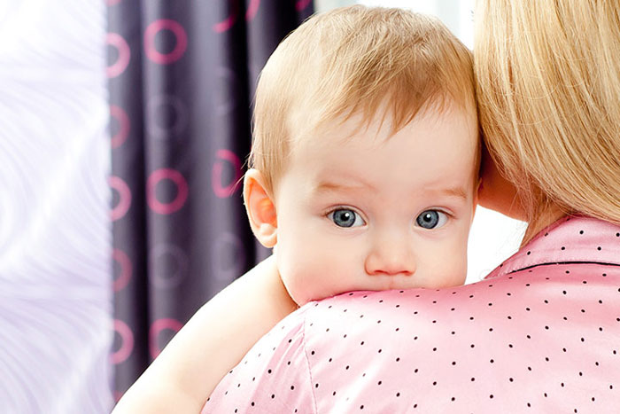 جلوگیری از سکسکه در نوزادان