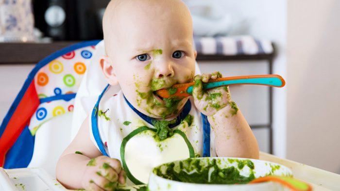 مهارت های غذا خوردن کودک