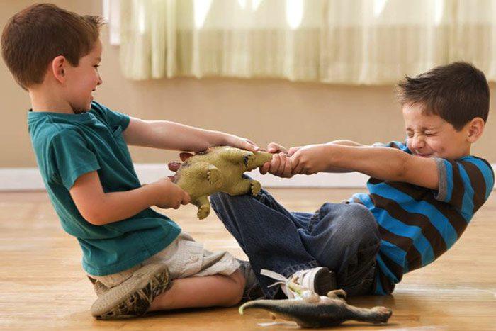 مشکلات رفتاری و بداخلاقی کودکان 5 ساله