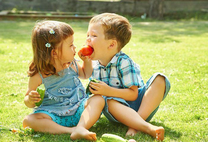 تشویق کودکان به خوردن سبزیجات