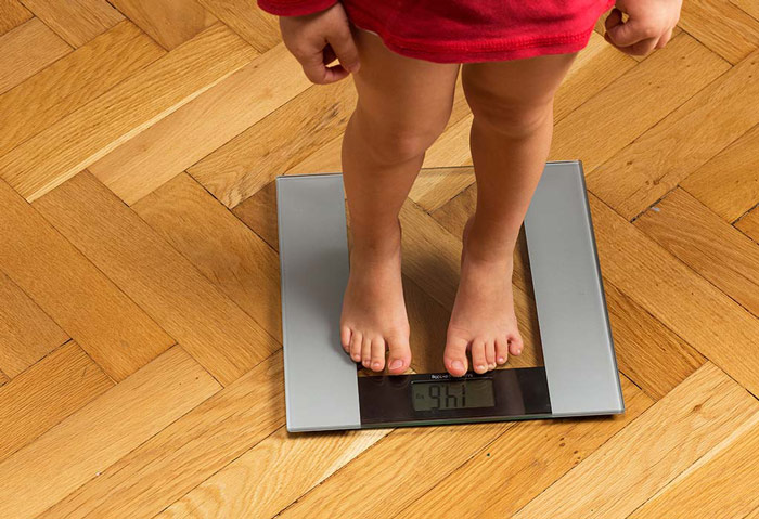 دلایل کم وزنی کودک