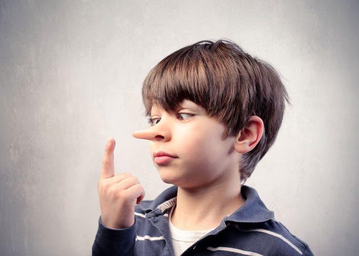 علت های دروغگویی در کودکان
