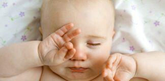 مالیدن چشم در نوزادان