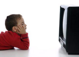 ضرر تماشای تلویزیون