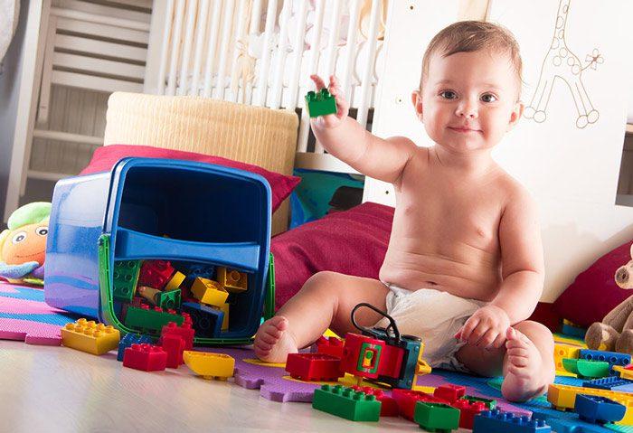 اسباب بازی برای نوزادان
